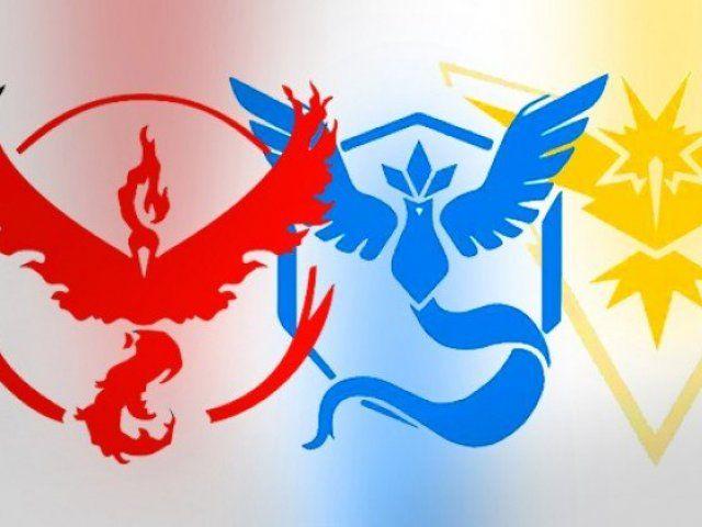 resultado de imagem para pokémon lendário de fogo ilustraçoes