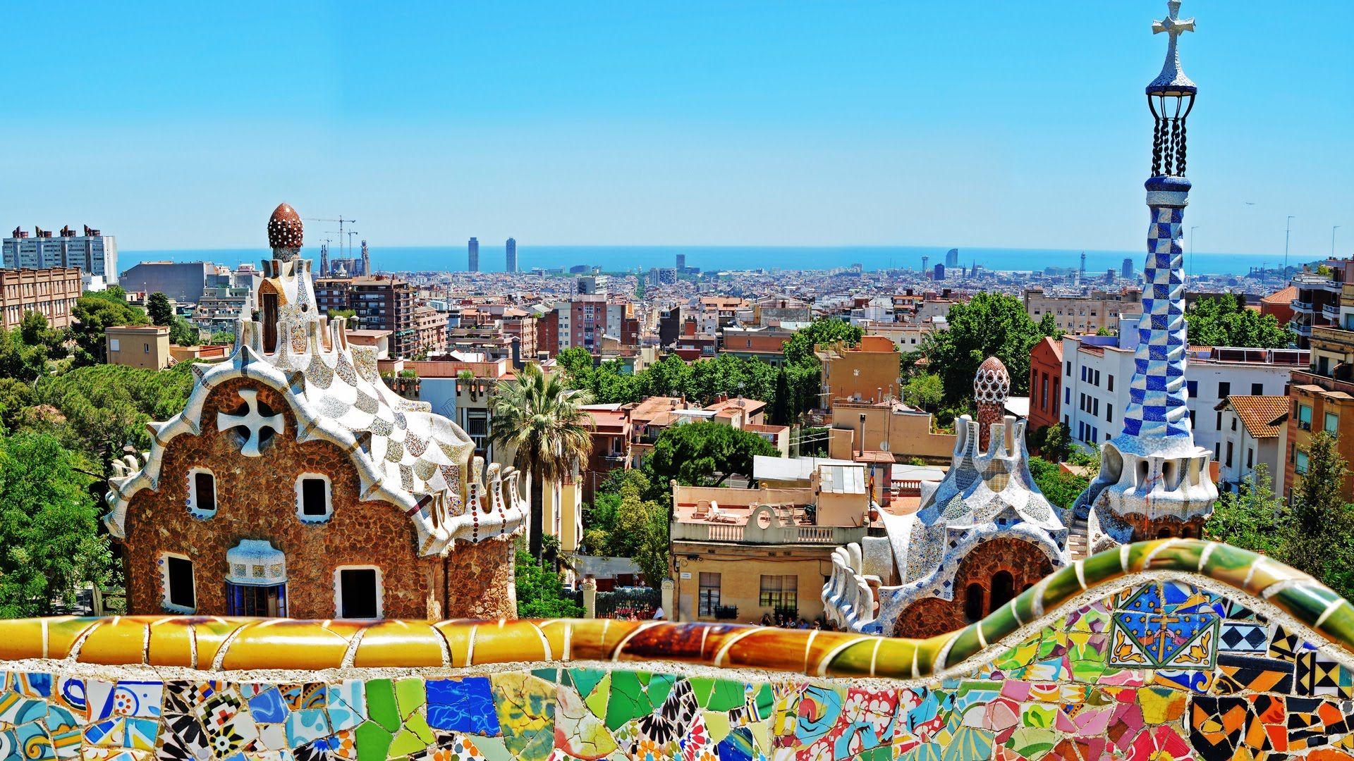 Park Guell Barcelona Sehir Mikonos