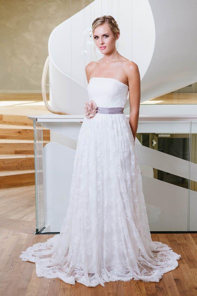 Brautkleid hochzeitskleid schlicht edel