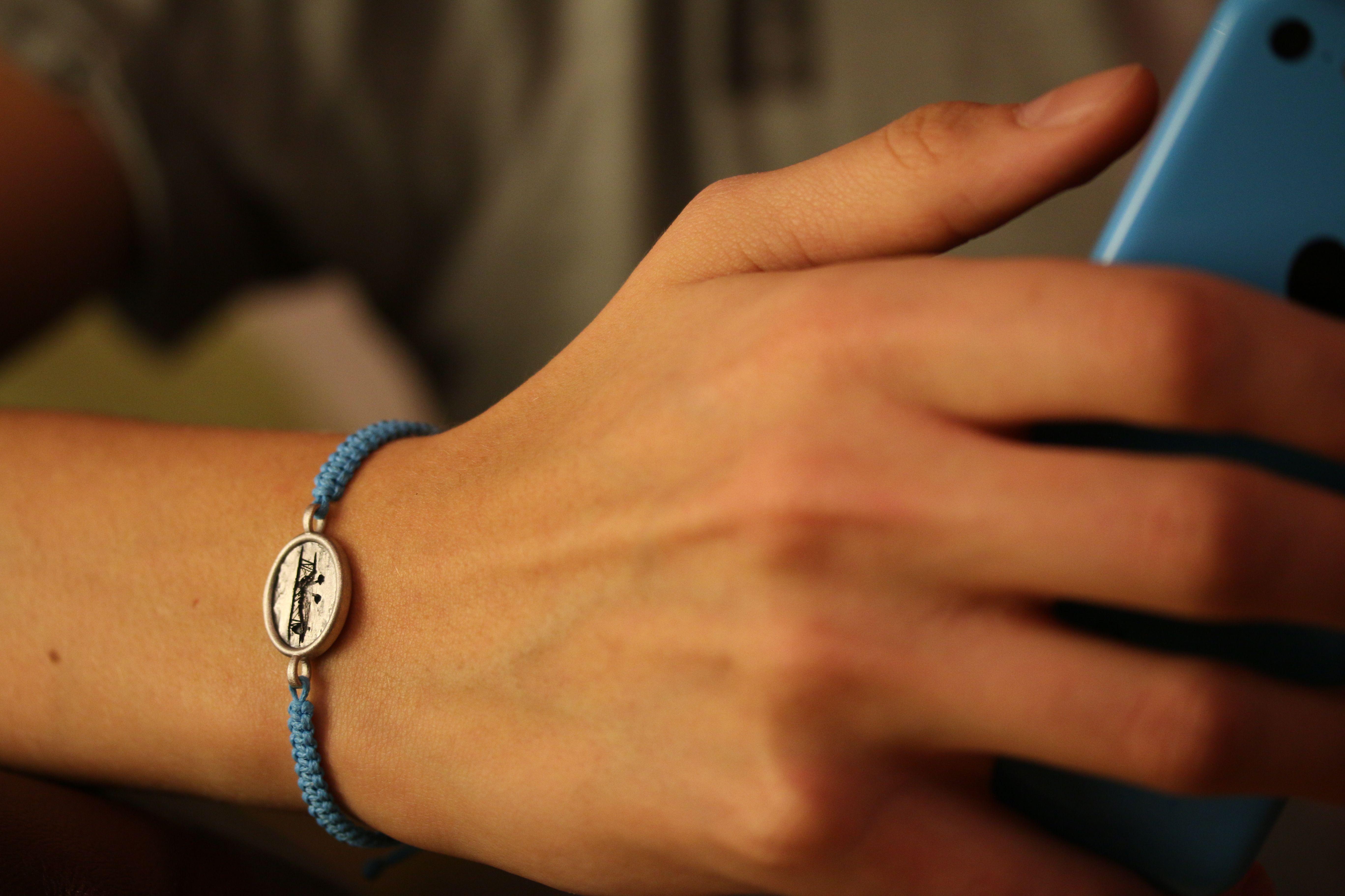 wegbegleiter geschenke schmuck reise reisebegleiter flugzeug doppeldecker  anhänger kette schlüsselanhänger armband geburtstag sterling silber
