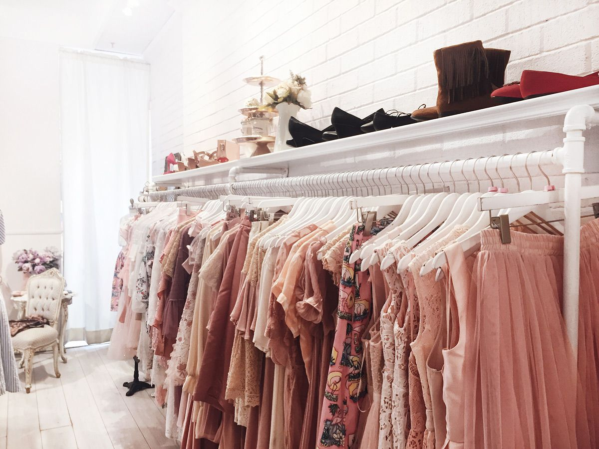 Boutique 1861 Boul St Laurent Montreal Interior Pink Everything