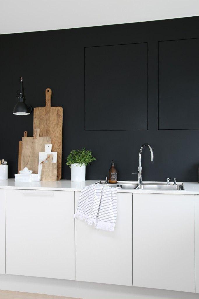 modern minimalist black and white kitchen I küche schwarz weiß - küche schwarz weiß