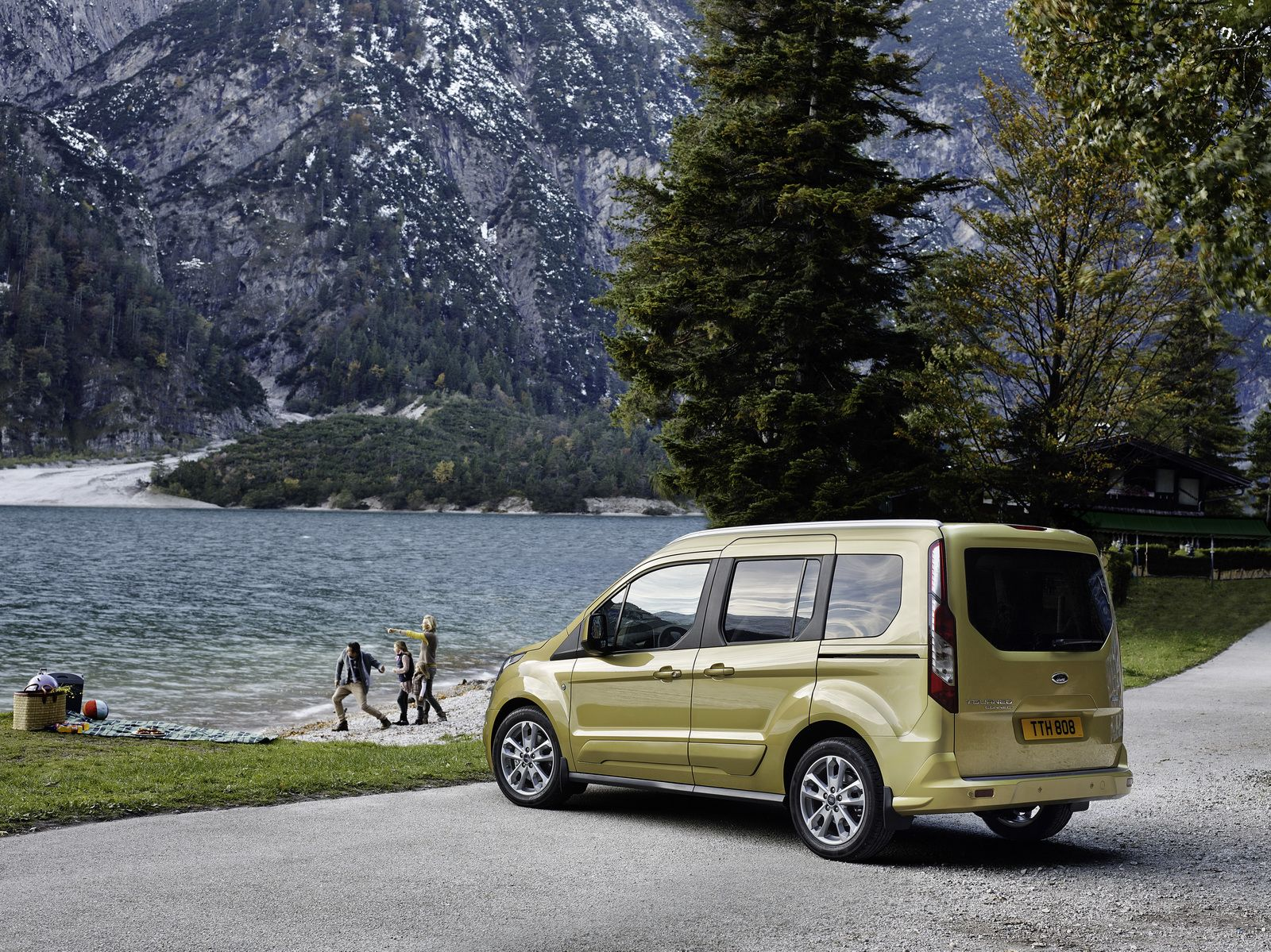 Ford tourneo courier pictures to pin on pinterest - Ford Tourneo Connect And Grand Tourneo Connect Get New 1 5l Diesel Fresh Features Ford Pinterest Diesel Ford And Engine