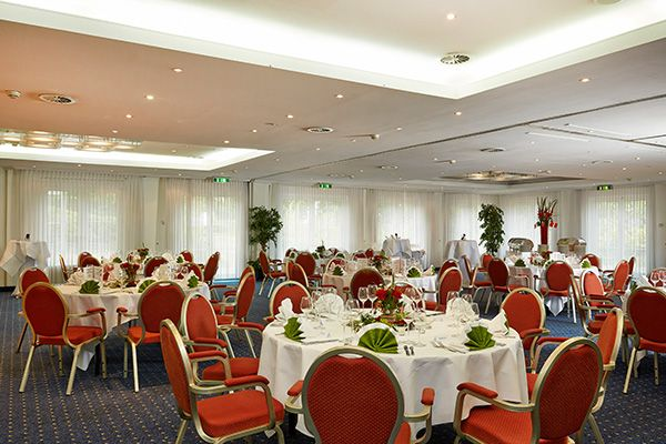 Hochzeit Feiern Im Ramada Hotel Munchen Messe Hotel Munchen