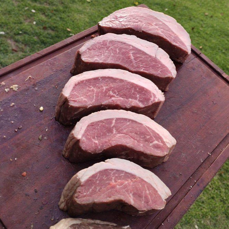 Que Padrao Hein Final De Semana Chegando Bora Programar O Churras Emporiolucanos Picanhaargentina Churrasqueiro Bbqlovers Beef Food Meat
