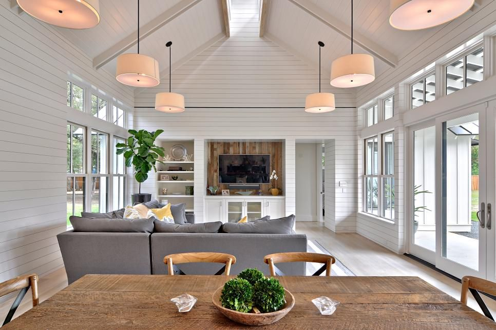 Character And Charm Are Infused Into Every Room Of This Remodeled  Farmhouse. Simple Farmhouse Architecture