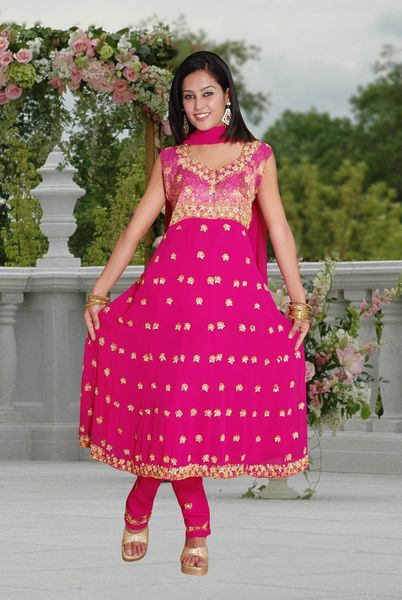 Salwar Kameez can be worn for special occasions for just for casual purposes