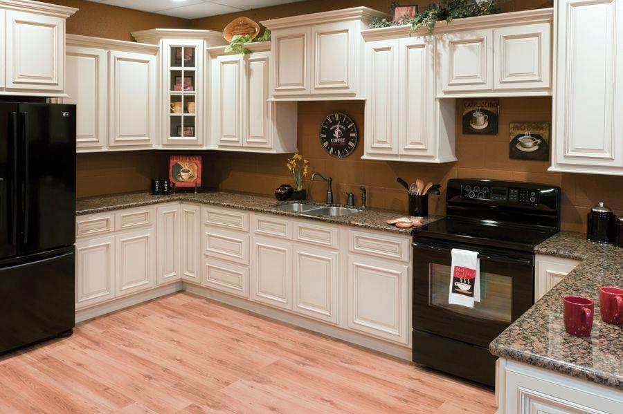 Heritage White Shaker Cabinets Sku Cl0018 Black Appliances