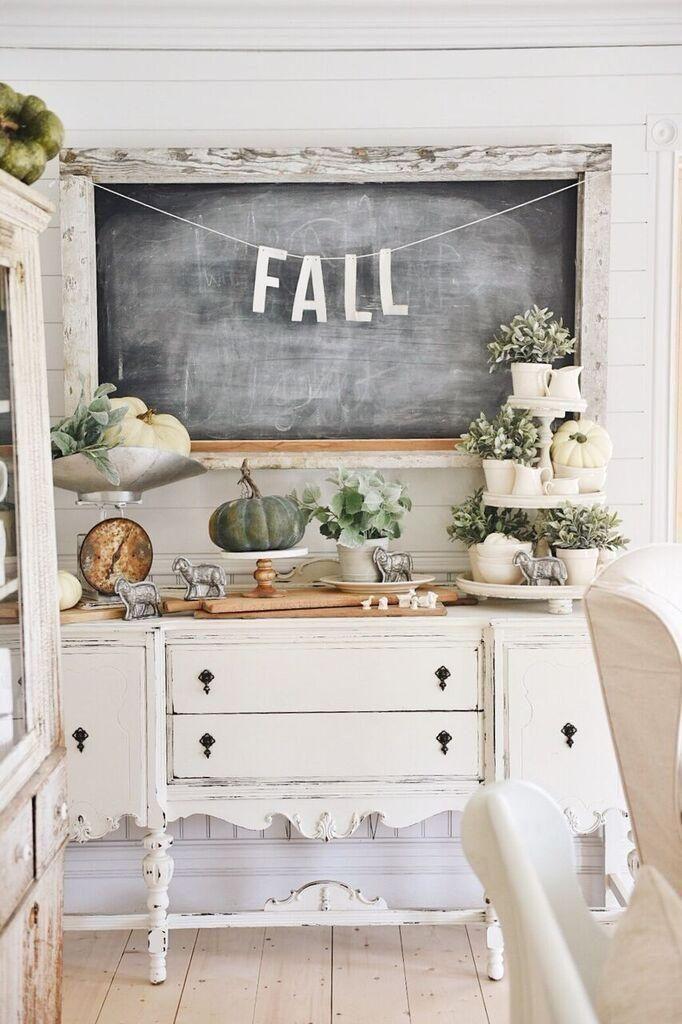 #fall  #falldecor  #farmhouse  #farmhousestyle  #homedecor  #chalkboard  #decor #Cozy #Farmhouse Inspirational Cozy Farmhouse Fall Decor