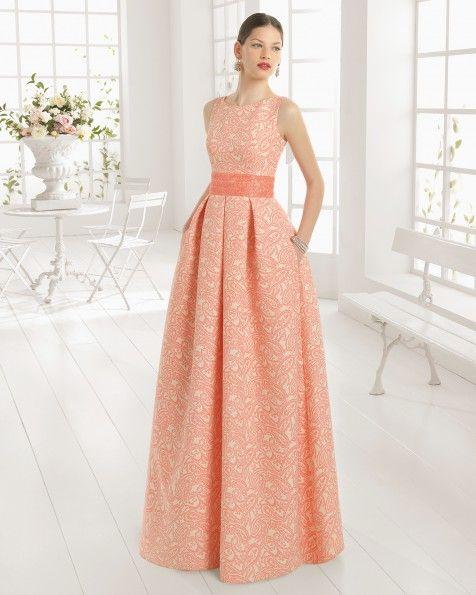 Vestido de brocado y pedreria. Color arena y rosa. | Solo vestidos ...
