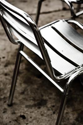 How to Redo Metal Patio Furniture