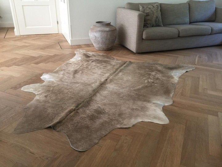 Koeienhuid taupe 6 cowhide rugs pinterest cow hide rug and rugs