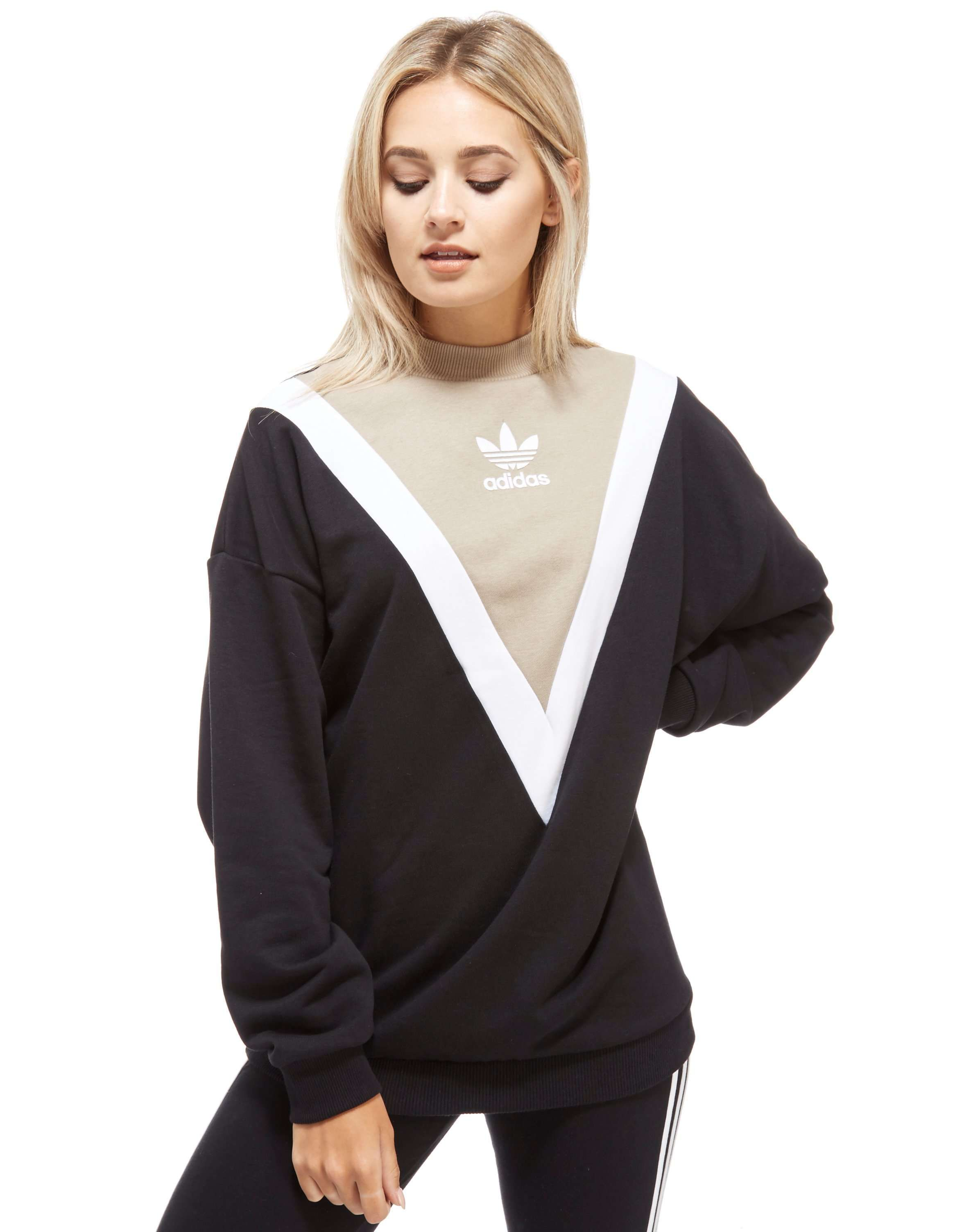 buy popular a6931 f6822 adidas Originals Chevron Sweatshirt | Stuff to Buy | Adidas ...