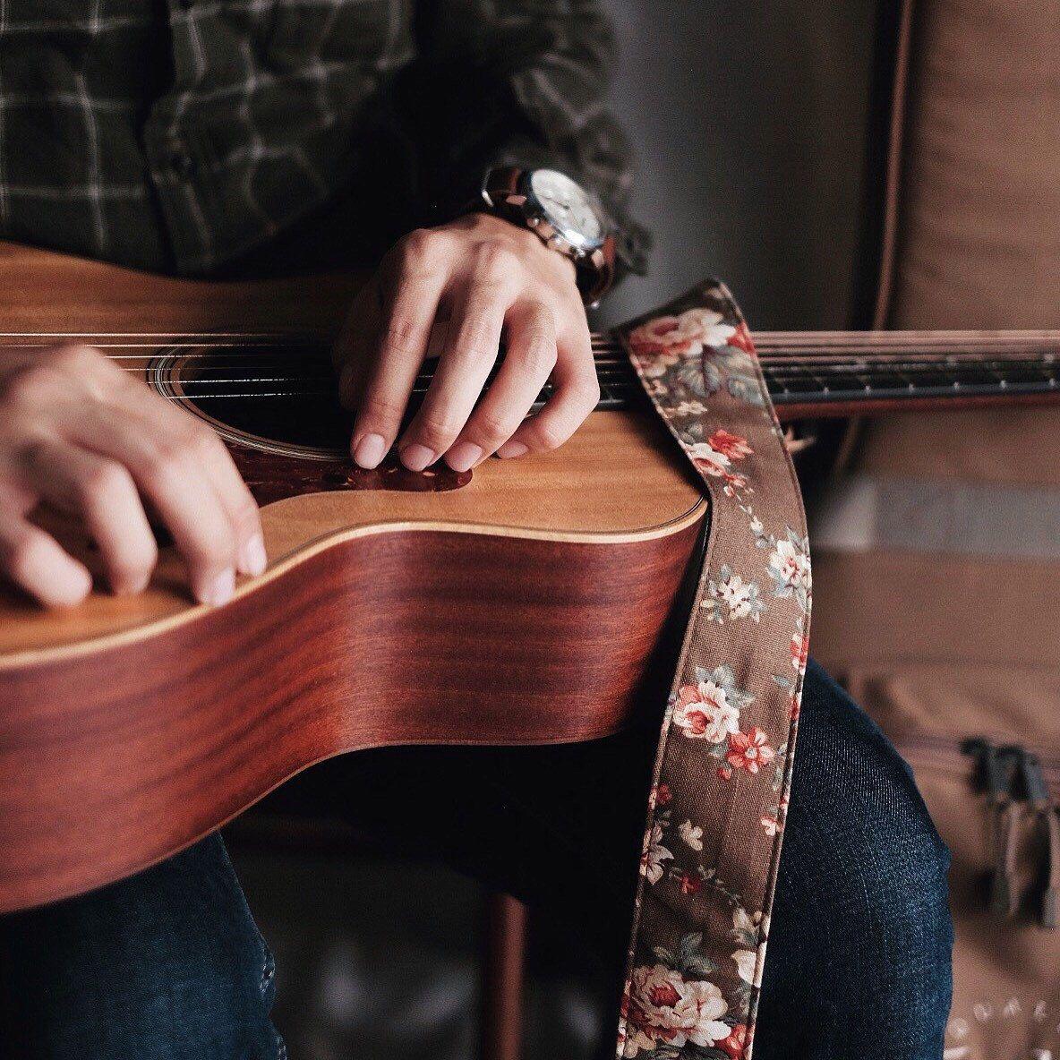 Vintage Strap Brown Flower Guitar Strap Acoustic Guitar Acoustic Guitar Strings Fender Acoustic Guitar