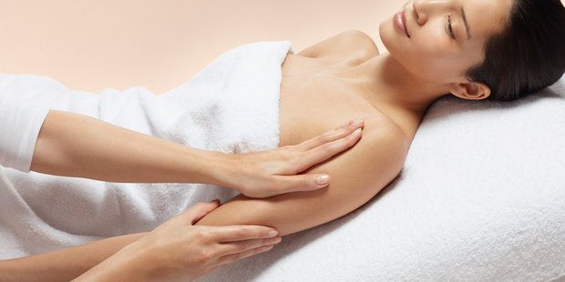 Aromatherapy And Scalp Massage With Light Touch Massage Therapy Images