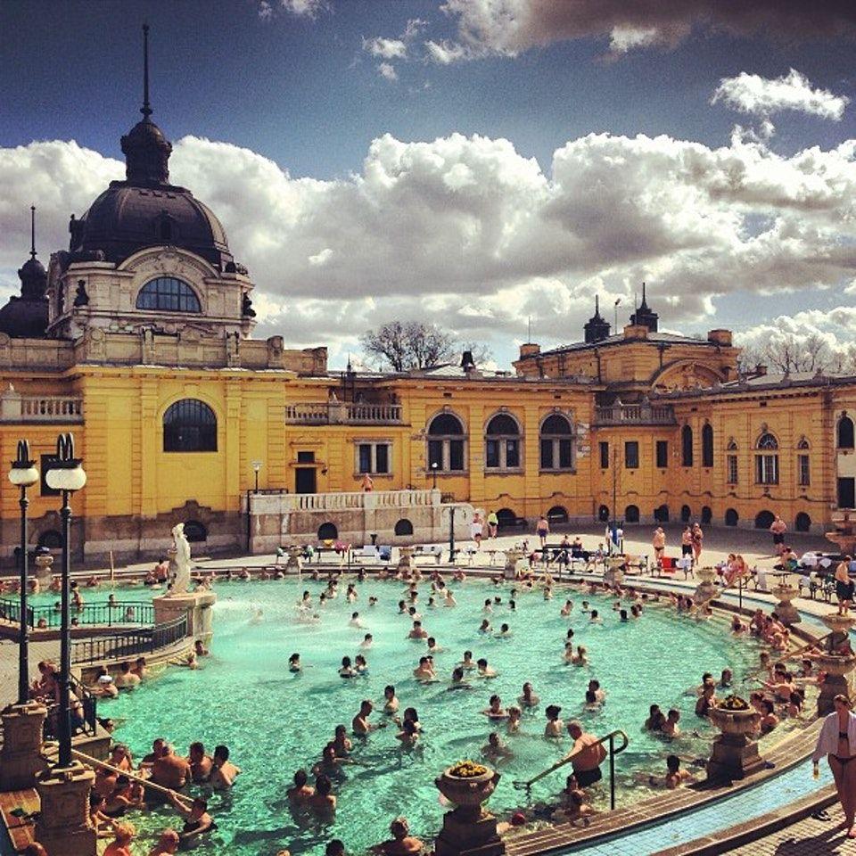 Széchenyi Thermal Bath (Széchenyi Gyógyfürdő és Uszoda), Spa and Pool, Városliget, Budapest