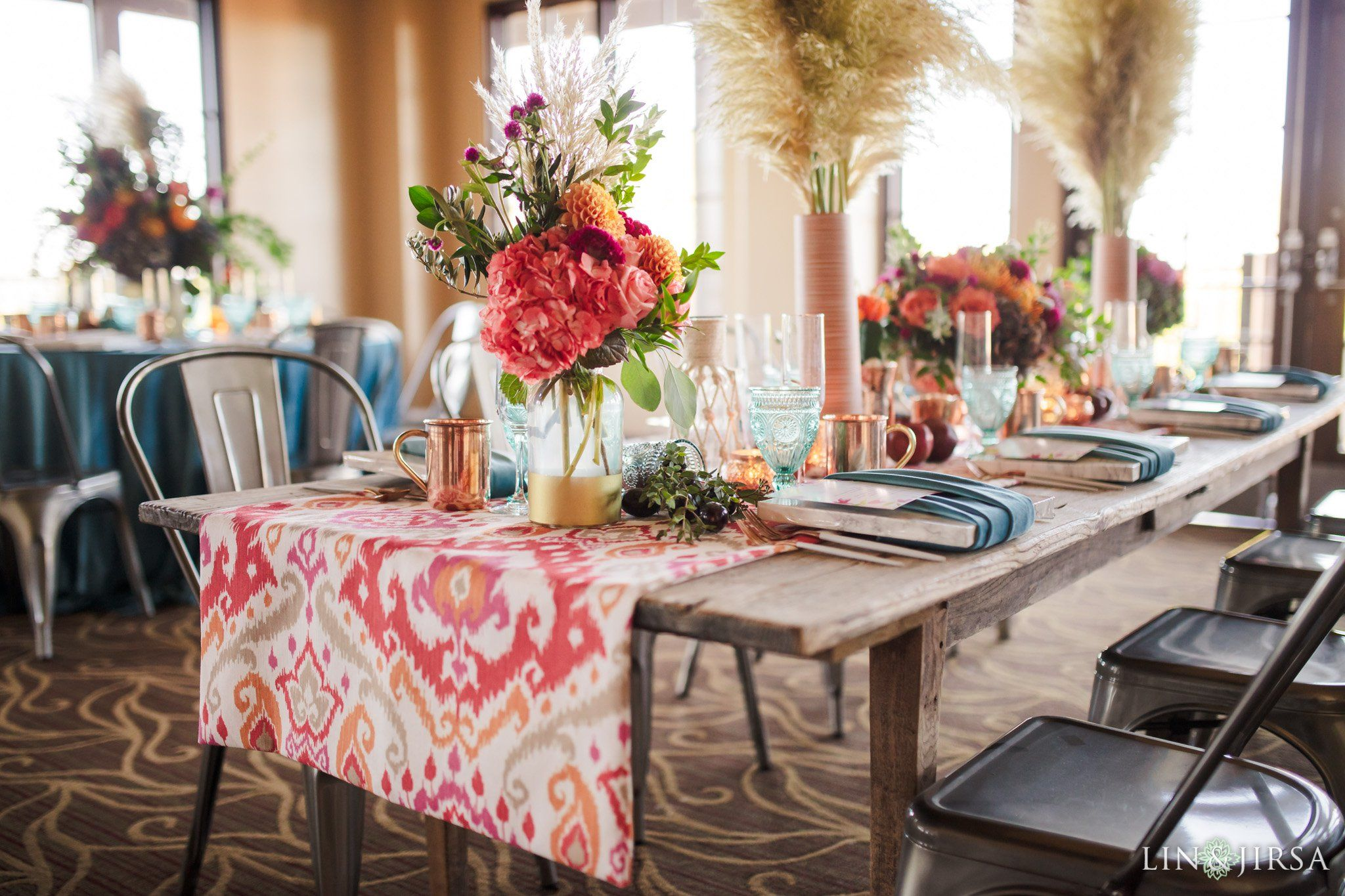 Living Coral Signature Party Rentals On The Blog California Southern California Seating Pan Bright Table Orange County Wedding Country Club Wedding