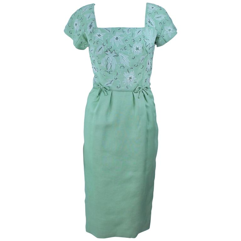 1950's Sage Green Dress with White Floral Embroidery and Beading Size 2 4 #sagegreendress