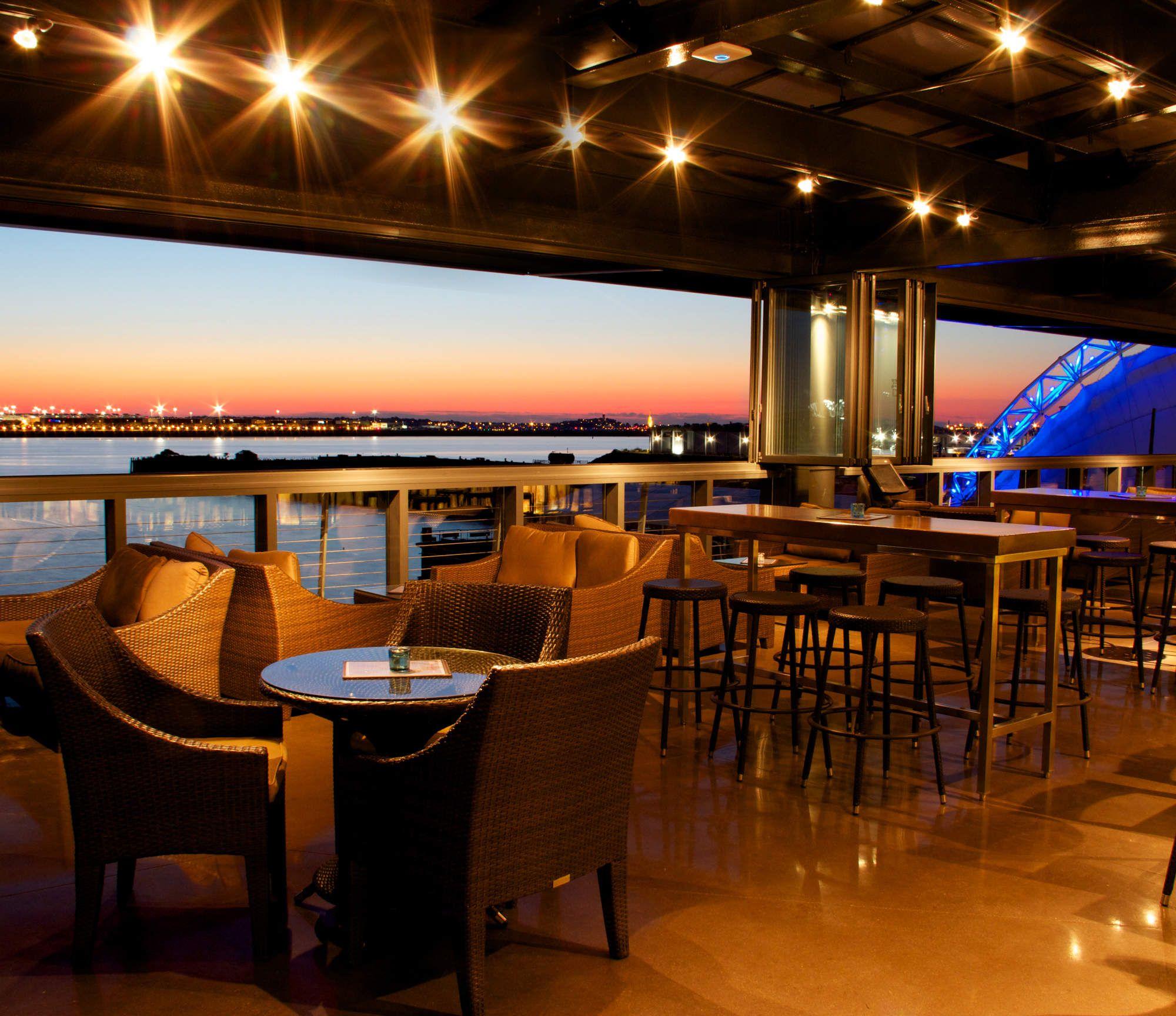 The Best Rooftop Bars In Boston Boston Nightlife Best Rooftop Bars Rooftop Bar