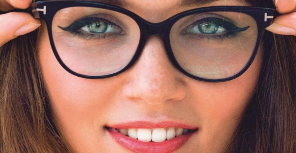 Revista Viva Mais - Maquiadora dá dicas de maquiagem para quem usa óculos de grau