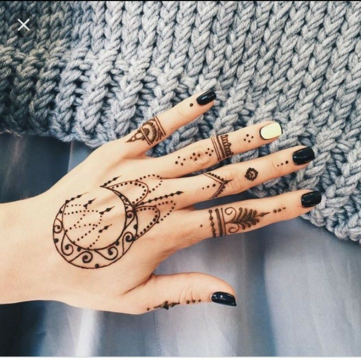 This Blog Post Is About Henna Mehndi Tattoo Designs It Is Most Famous Designs Around Asia Here Y In 2020 Henna Tattoo Hand Henna Tattoo Designs Simple Henna Tattoo