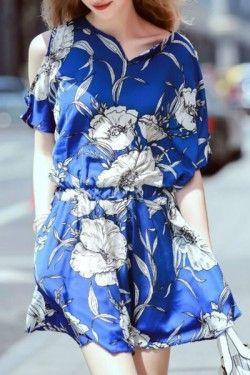 Cut Out Shoulder Pleated Dress