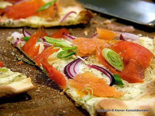 Räucherlachspizza mit Dillschmand