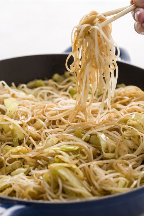You know you always make a run for it at the mall. Now recreate these Skinny Panda Express Chow Mein at home—without all the added oil.