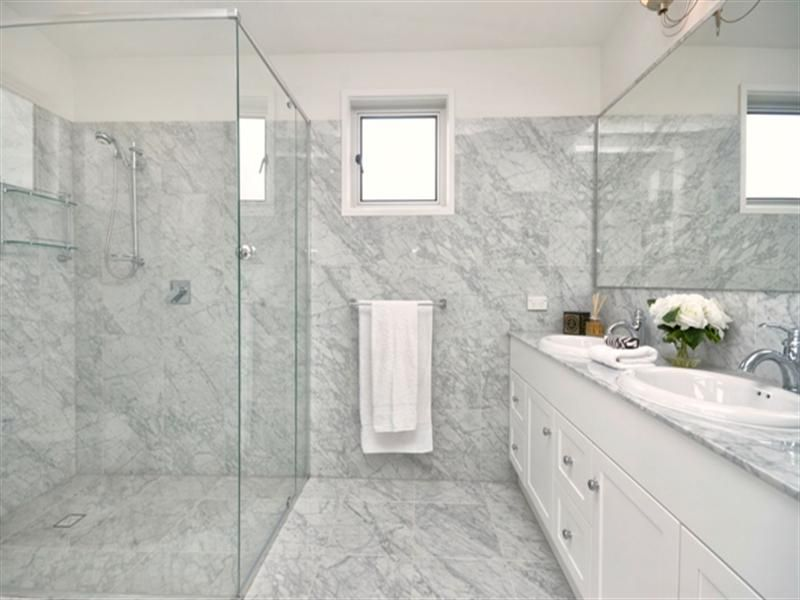 High Quality Grey, White U0026 Silver Bathroom