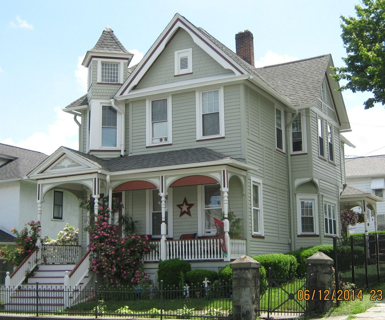 Exterior Paint Victorian Homes Google Search Victorian Homes Victorian Homes Exterior House Paint Exterior