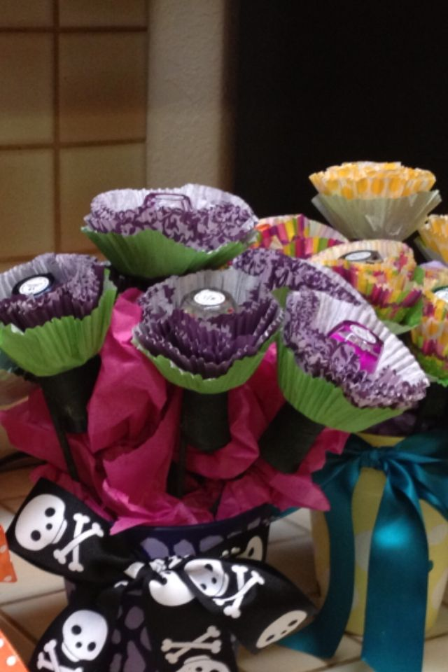 Nail polish flower bouquet | Birthday Party Ideas | Pinterest | Nail ...