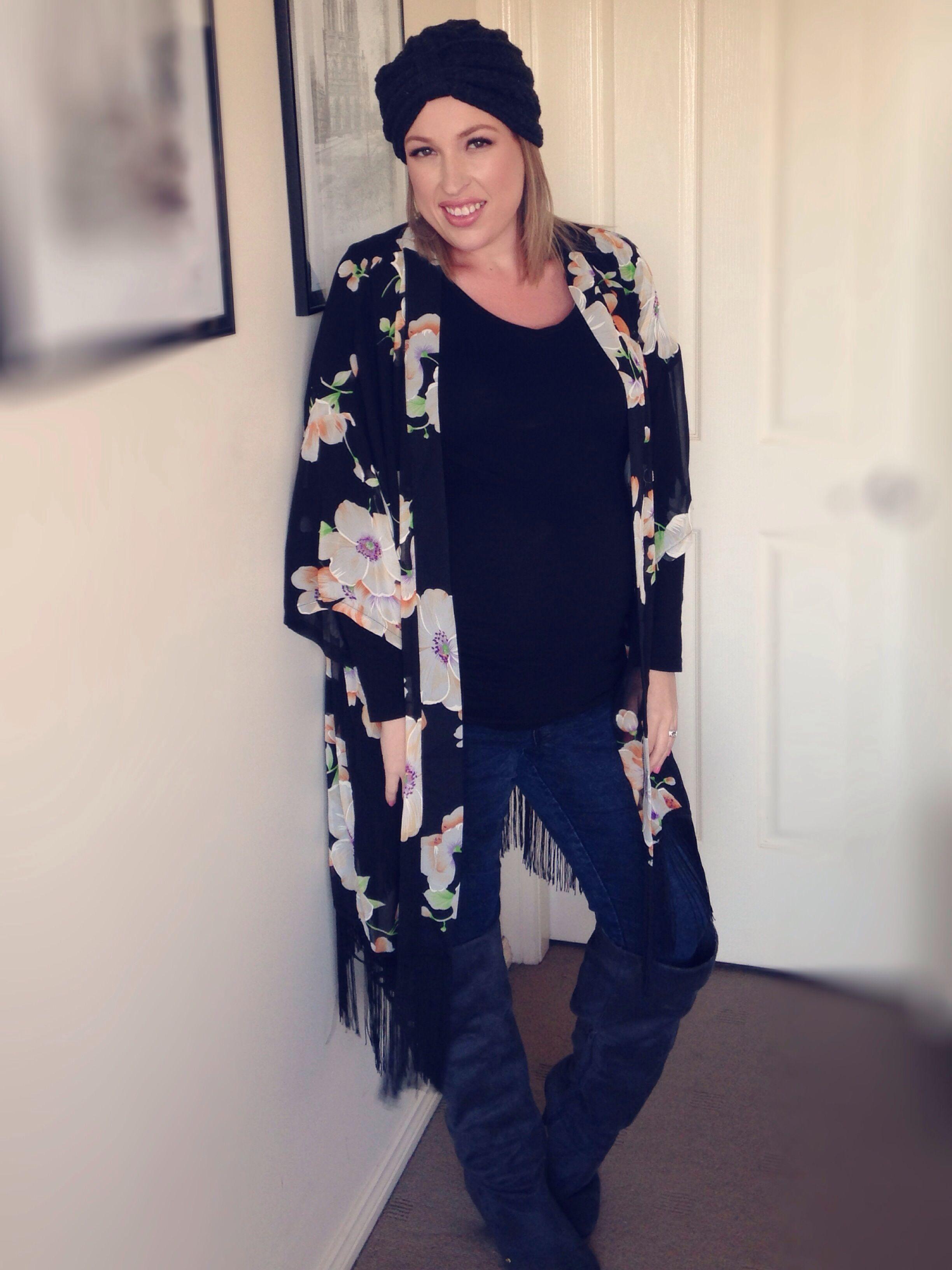 5efe0b134 Winter boho - iCurvy | how to style a long line fringed kimono | Wear It