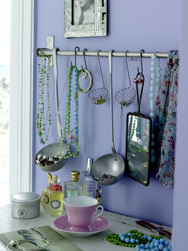 Using ladles and strainers for jewelry storagejust too creative