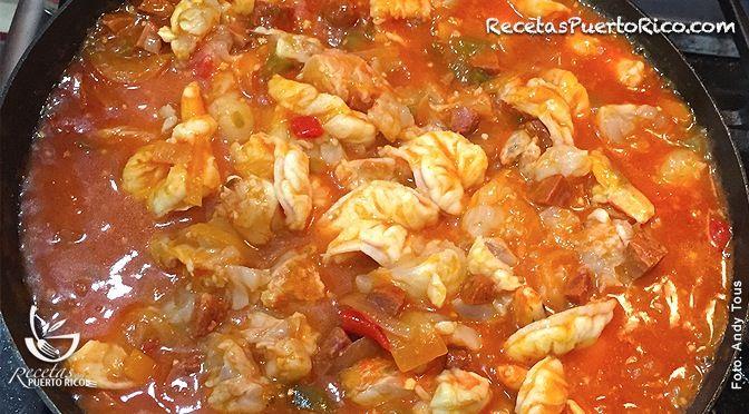Langosta En Salsa Criolla Recetaspuertorico Com Como Cocinar Langosta Salsa Criolla Langosta Recetas