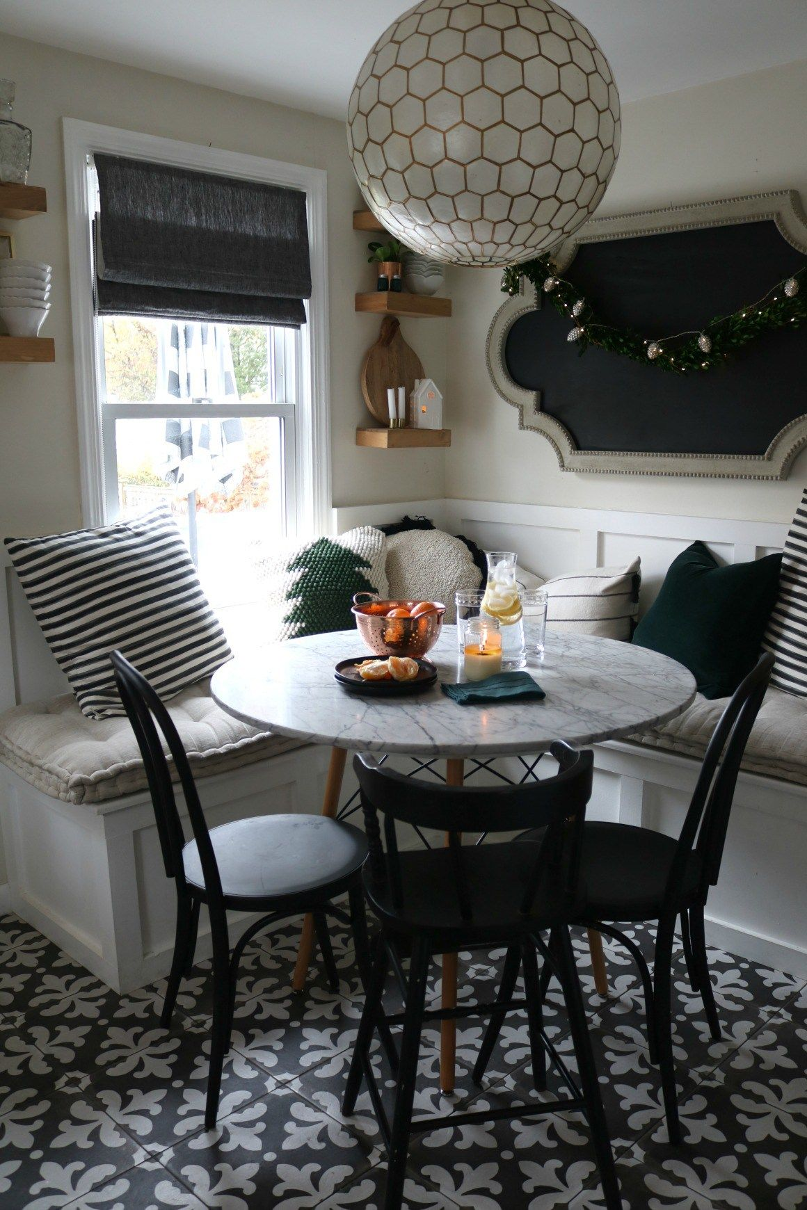 5 Ways to Create a Cozy Kitchen at Christmas