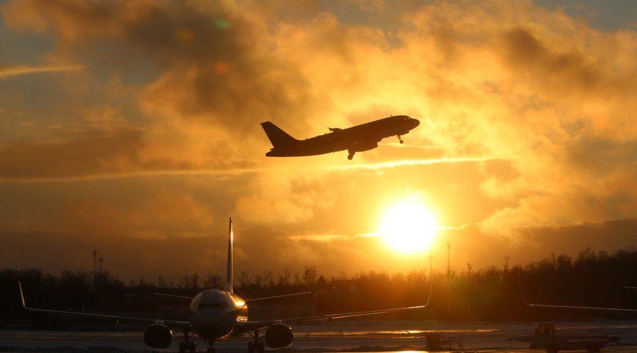 Flydubai flight FZ981 crash Live updates  http://pronewsonline.com  © Vitaliy Belousov