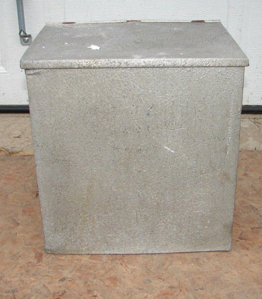Vintage Doorstop Galvanized Metal Milk Box Muckle Mfg Co Owatonna Minnesota Ebay Milk Box Galvanized Metal Door Stop