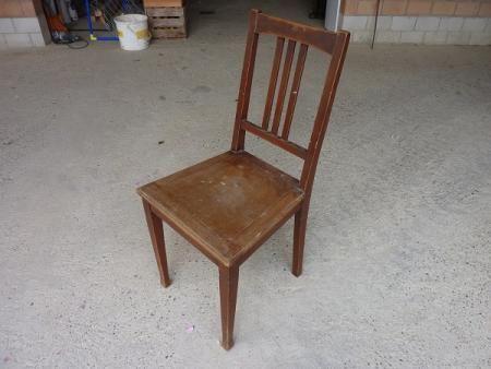Alter Stuhl in Bretzwil kaufen bei ricardo.ch | sweet Home ...