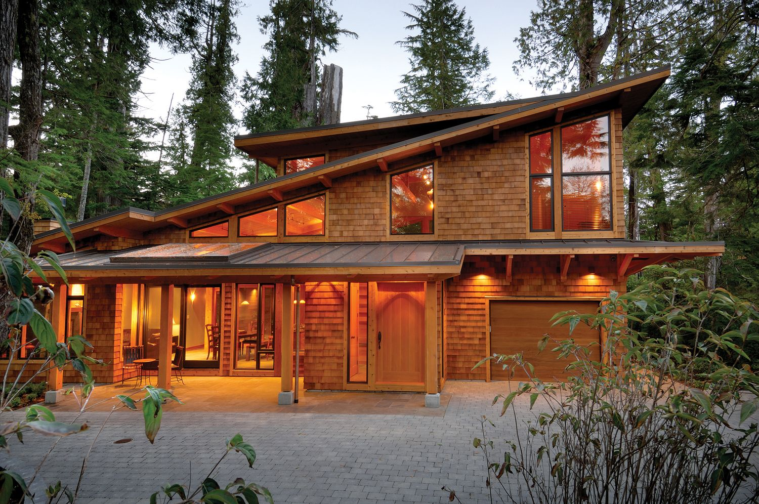 West Coast Style Modern Cedar Timber Cottage On Vancouver Island Idesignarch Interior Design Architecture Interior Decorating Emagazine Timber House Timber Frame Homes Timber Framing
