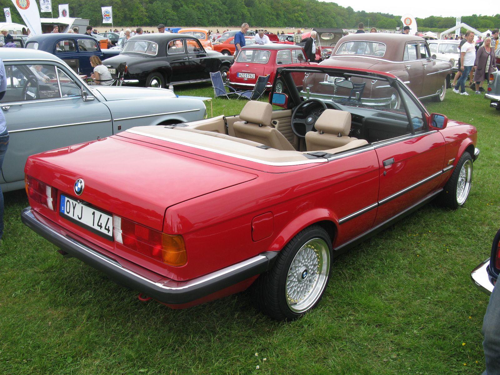 Bmw 325i Cabriolet E30 With Images Bmw E30 Cabrio Bmw E30