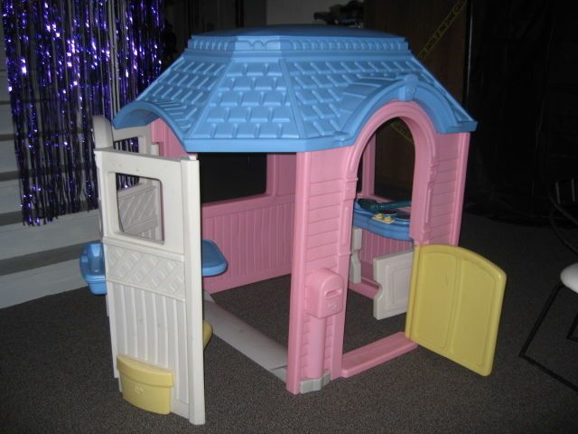 Little Tikes Vintage Victorian Cottage Playhouse Child Size Home Euc