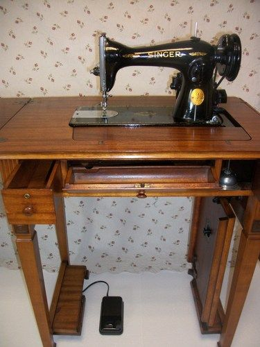Singer 15 90 Sewing Machine And Mahogany Deluxe Library Table Cabinet |  Papasworkshop   Furniture On ArtFire