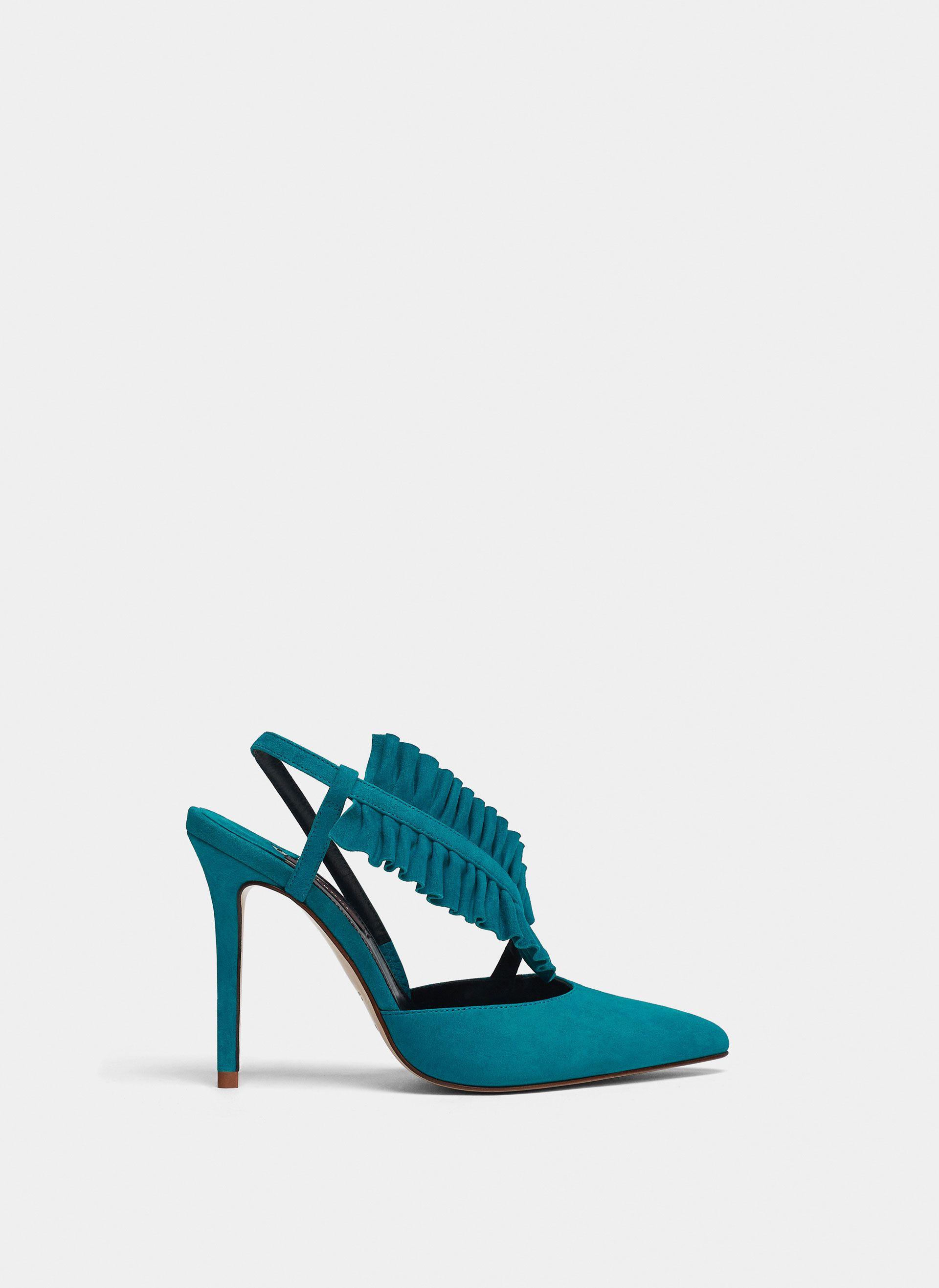 0f632f3d63e536 Uterqüe France Product Page - Chaussures - Chaussures à talon - Escarpins  mules volant - 115