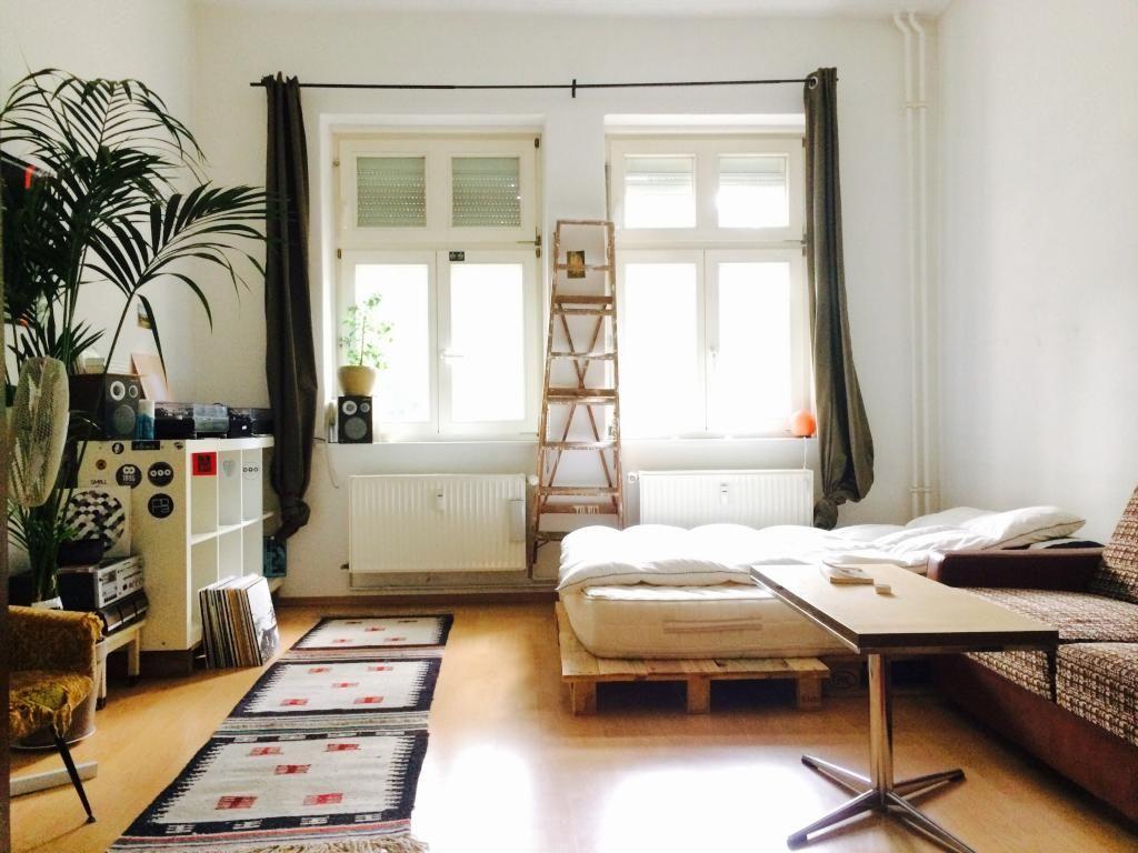 Vintage Schlafzimmer Set : Lichtdurchflutetes wg zimmer mit möbeln im vintage