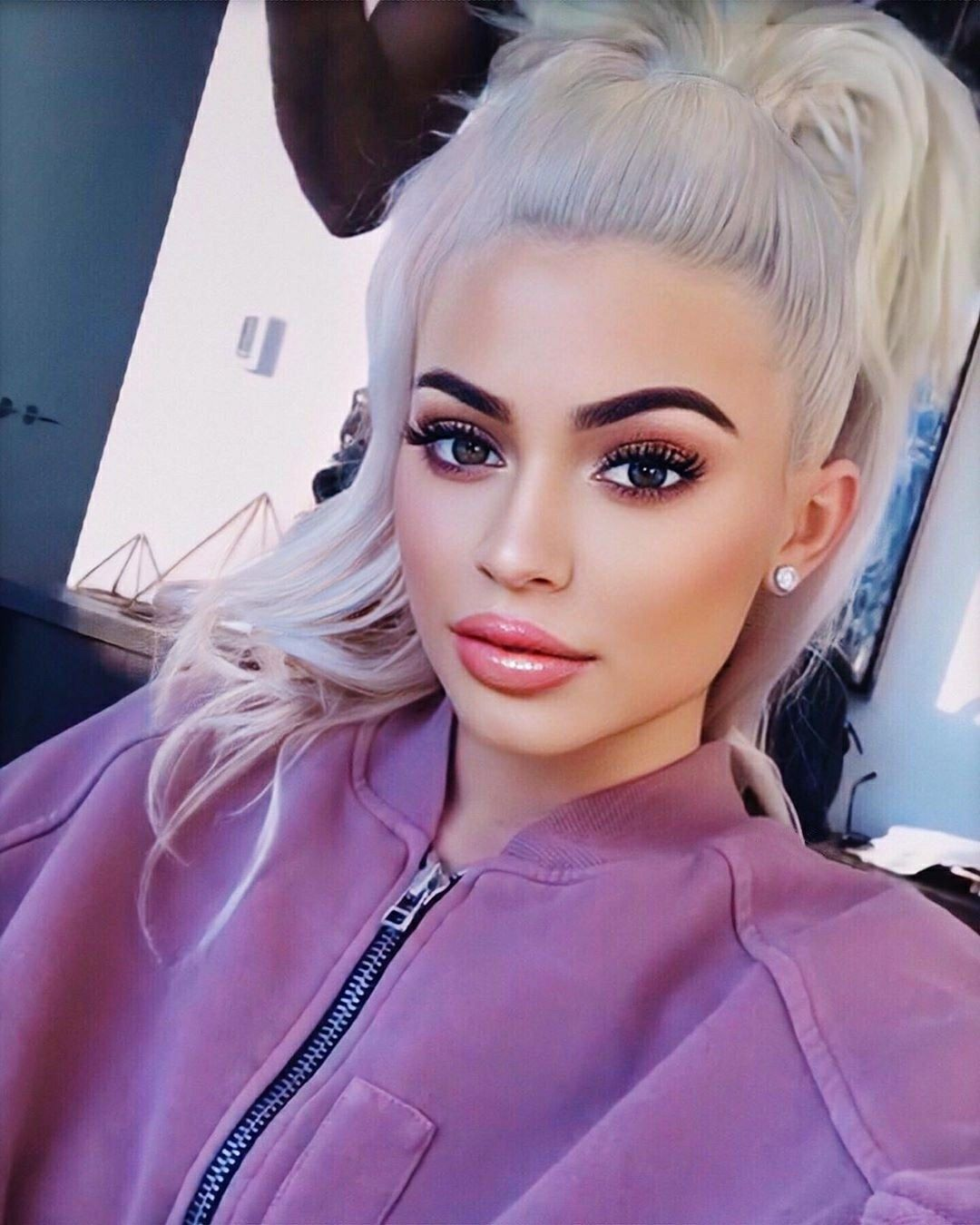 Pin by Kylie on Kylie Jenner in 2020 Kylie jenner, Kylie
