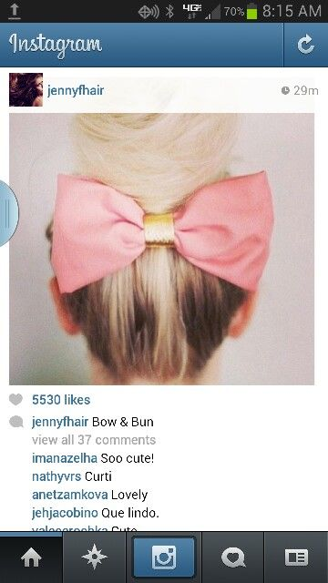 Cute bun w/ bow