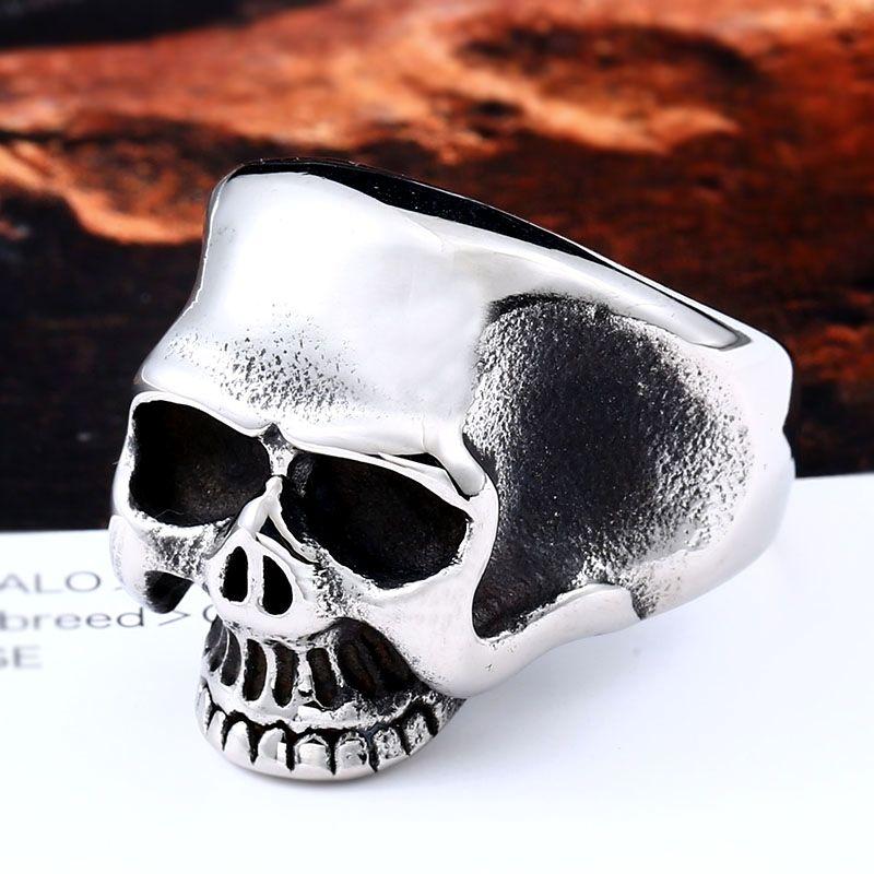 Punk goth biker gothic vintage retro style claw skeleton skull hand ring