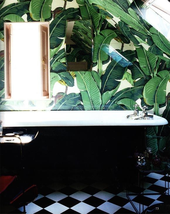 Had wall paper like this in my bathroom in high school.... love it!!! Splendor in the Bath. Palm Leaf Wallpaper.