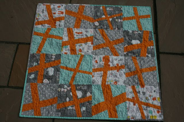 Silly Banana Sewing: Let's Get Aquainted - Wonky Cross Baby Quilt tutorial