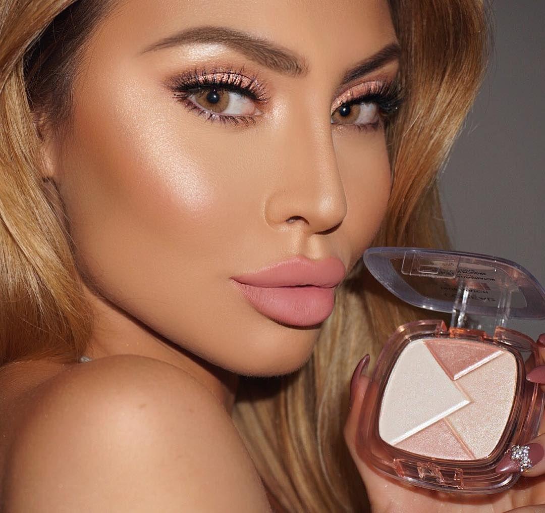 International Makeup Artist Educator Beauty Influencer